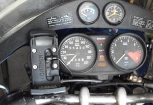 Navihalter im Cockpit