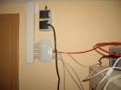 Der Strang zum Serverrack in Betrieb (rot: ISDN)